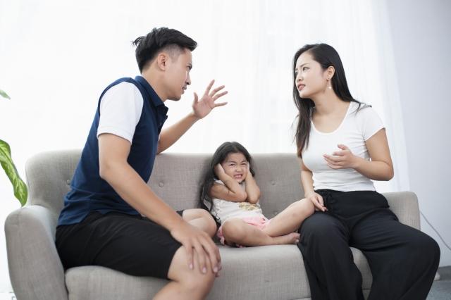 コロナ休暇がきっかけで露呈した家庭間でのイライラ その人間関係を紐解く